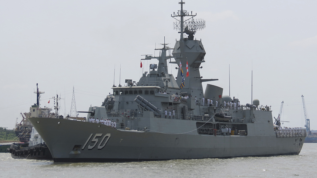 Encounter with China won't deter Australian South China Sea patrols