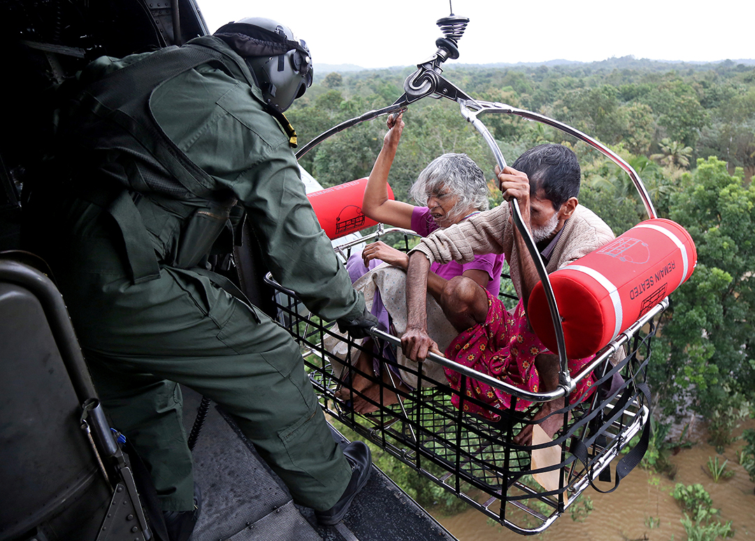 Indian Armed Forces rapidly deploy to assist flood victims in Kerala