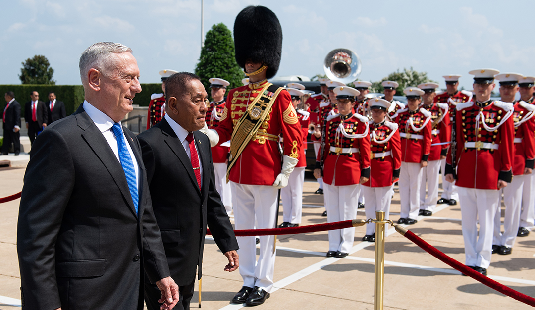 Indonesia, U.S. vow to strengthen defense ties