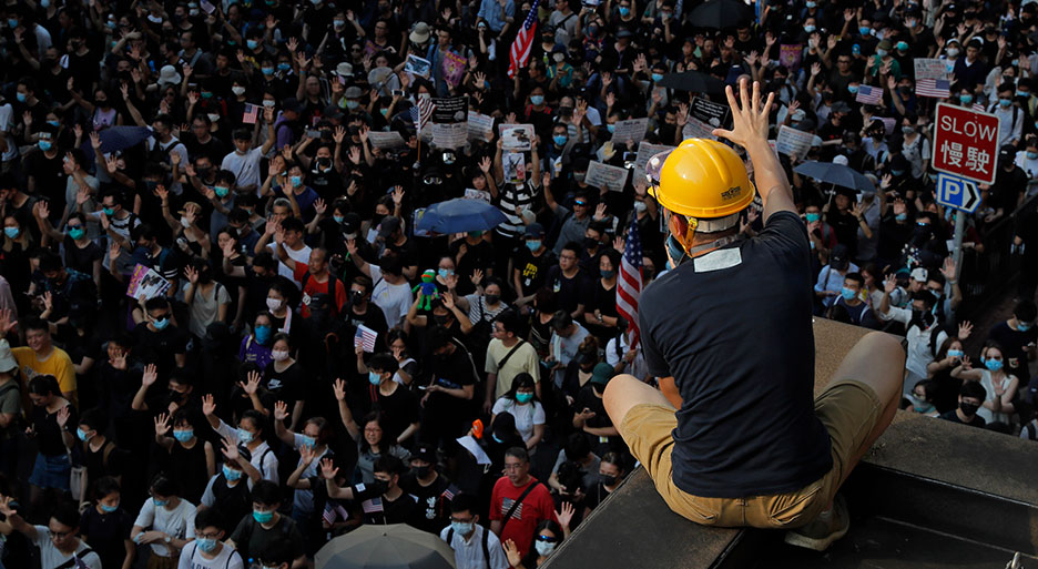 Mainland Chinese citizens support Hong Kong protesters