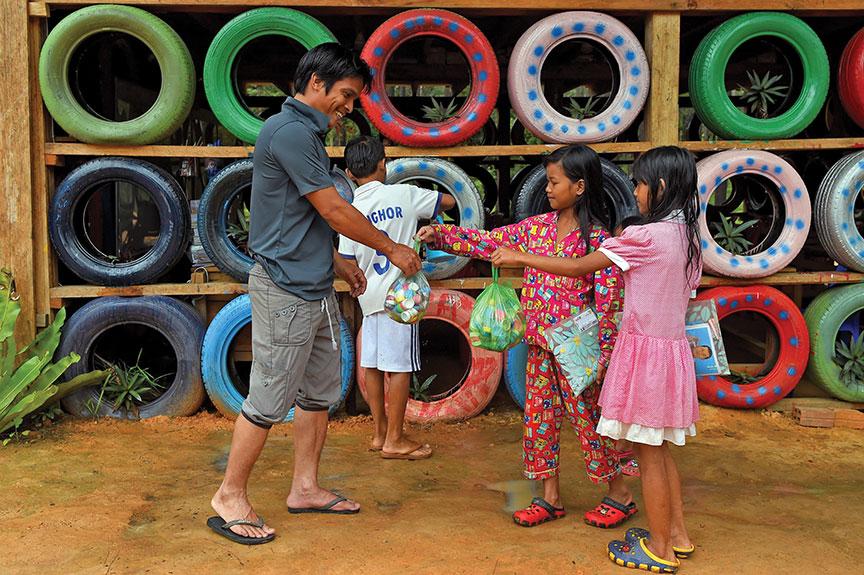 Cambodia's 'Rubbish Man'