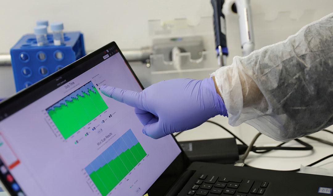 研究人员继续了解新型兴冠状病毒
