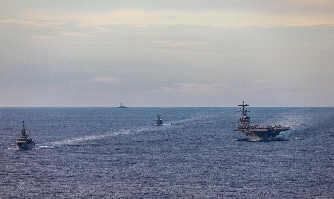 A.S. mengadakan latihan angkatan laut dengan sekutu Indo-Pasifik di tengah ketegangan dengan RRT