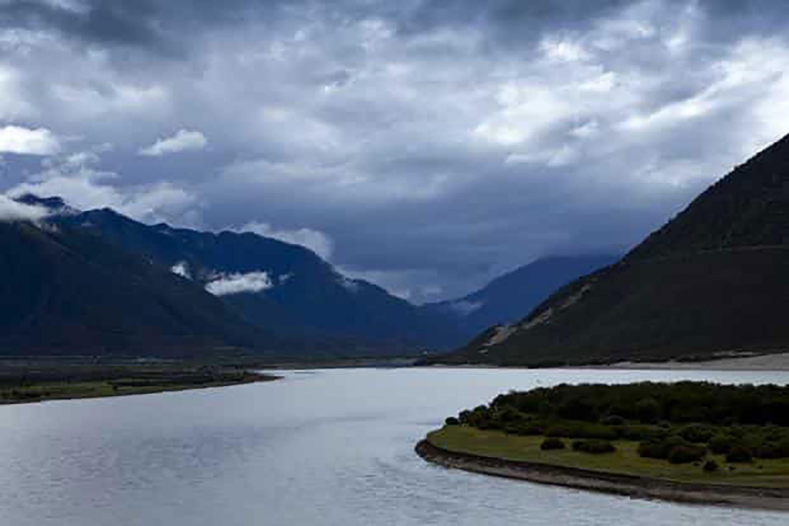 Rencana RRT untuk membangun pembangkit listrik tenaga air di Tibet memicu kekhawatiran berbagai negara di bagian hilir