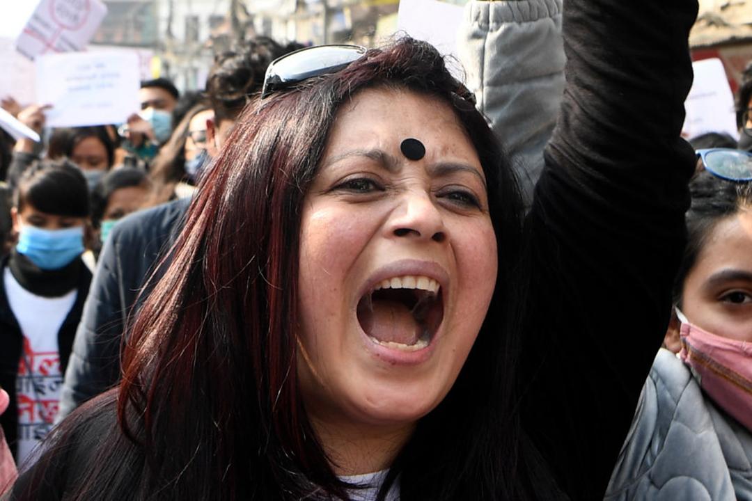 変革を求めるカトマンズからの声:女性が平和的にデモ行進