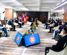ASEAN leaders tell Burma coup general to end killings, release prisoners