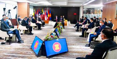 ASEAN leaders tell Burma coup general to end killings, release prisoners