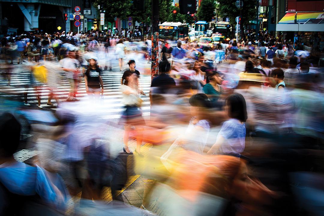 全球: 人类面临流离失所
