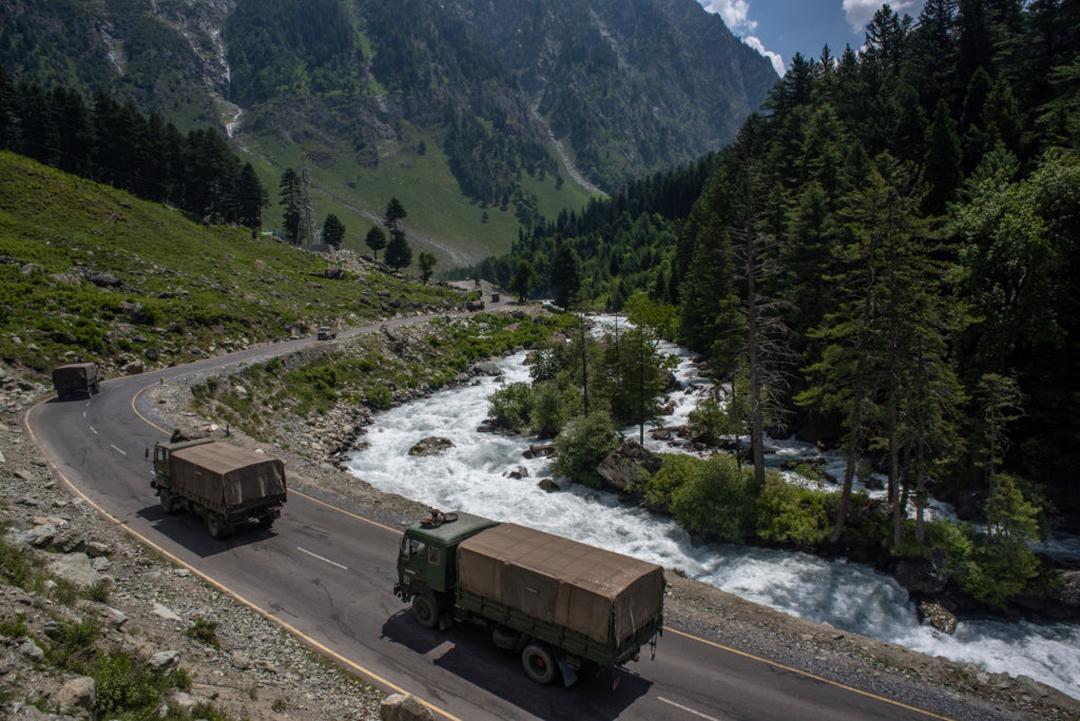 """解放军在争议边界开展活动,印中关系进入""""十字路口"""""""