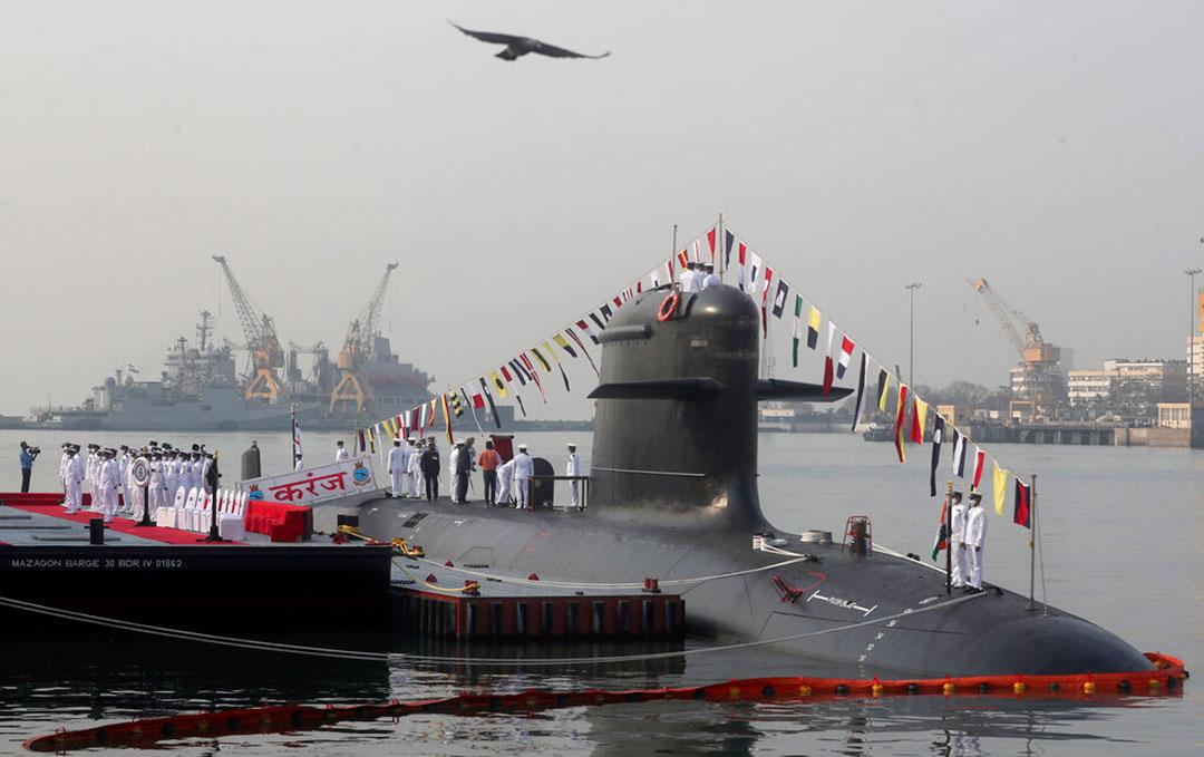 Hải quân Ấn Độ tăng cường năng lực với sáu tàu ngầm tàng hình
