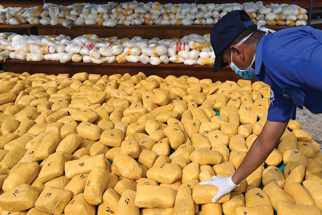 スリランカ: メタンフェタミン 押収 で垣間見える人身売買 における実態の 変容