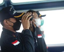 インドネシア: 海軍 部隊  小さな島々に移転
