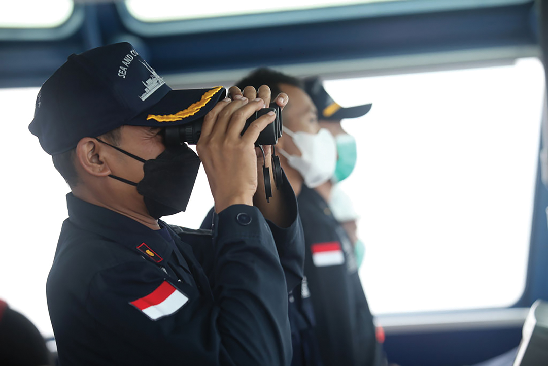INDONESIA: Navy squad to move to tiny islet