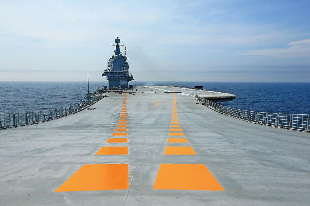 海上 通商航路の 巡視